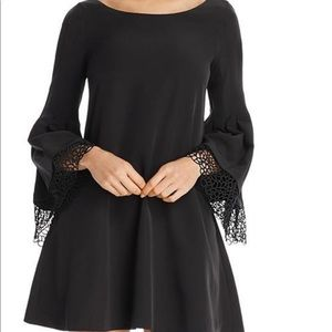 Laundry By Shelli Segal Dresses - Laundry by Shelli Segal Lace Bell Sleeves Babydoll